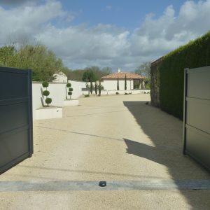 Création d'une entrée (portail et allée)