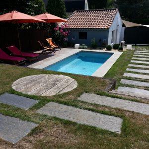 Jardins du moulin paysagiste - piscine terrasse et allée
